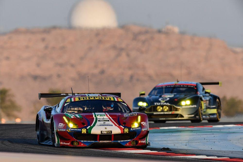 Daniel Serra com a Ferrari no Bahrein em 2018 (Divulgação)